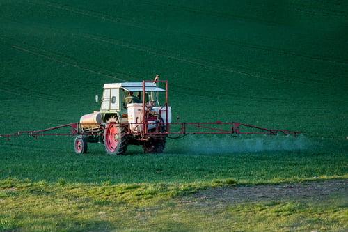 pesticide-4089881_1920