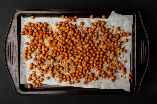 a-tray-of-roasted-chickpeas